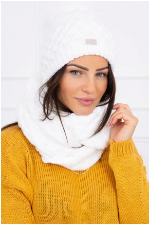 Balta žieminė kepurė ir šalikas K119