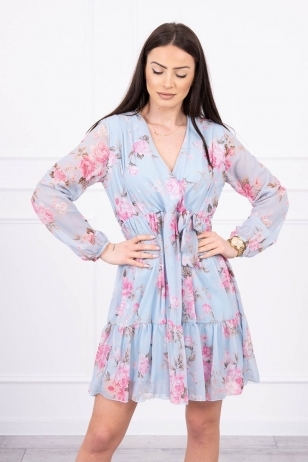 Žydros spalvos gėlėta suknelė MOD611