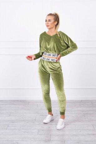Žalias veliūrinis kostiumėlis MOD724