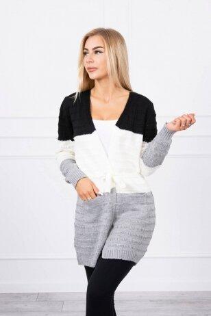 Dryžuotas megztinis MOD741 - juoda+nebalinta drobė+pilka