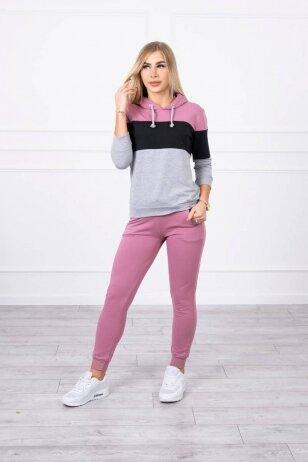 Tamsiai rožinės spalvos sportinis kostiumas MOD216