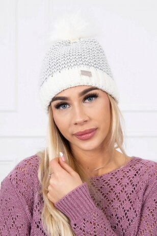 Šviesiai pilka kepurė K179