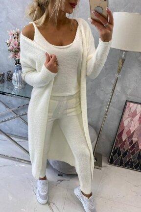 Nebalintos drobės spalvos moteriškas kostiumėlis MOD819