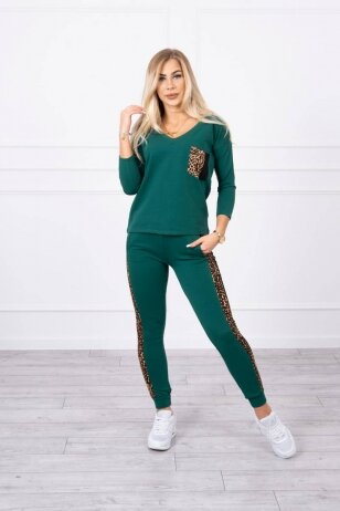 Žalias moteriškas kostiumėlis MOD468
