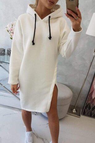 Nebalintos drobės spalvos suknelė MOD786
