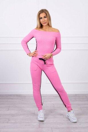 Šviesiai rožinės spalvos sportinis kostiumas MOD165
