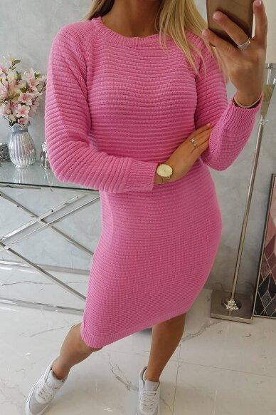 Rožinės spalvos ilgas megztinis suknelė MOD492
