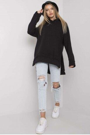 Juodas džemperis MOD1133