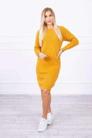 Garstyčių spalvos ilgas megztinis suknelė MOD492