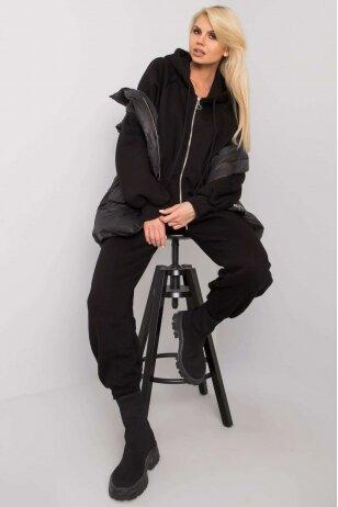 Juodas moteriškas kostiumėlis MOD1442