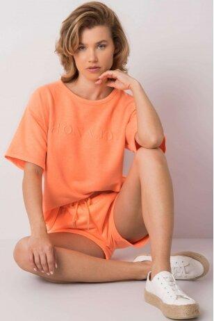 Oranžinės spalvos moteriškas kostiumėlis MOD1085