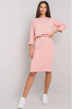 Šviesiai rožinis moteriškas kostiumėlis MOD1358