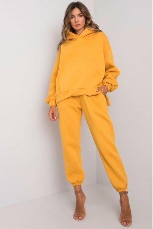 Tamsiai geltonas sportinis kostiumas MOD1161