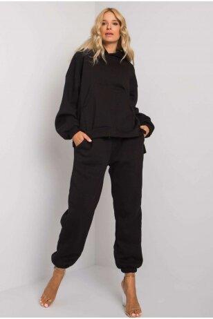 Juodas sportinis kostiumas MOD1161