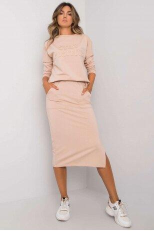 Smėlinės spalvos moteriškas kostiumėlis MOD1135