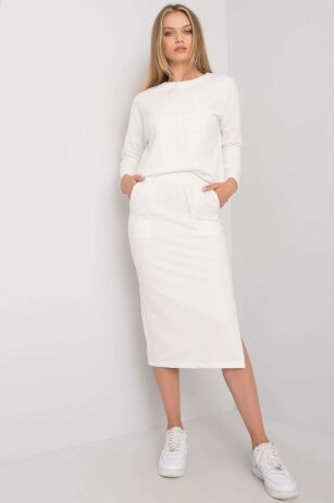 Baltas moteriškas kostiumėlis MOD1135
