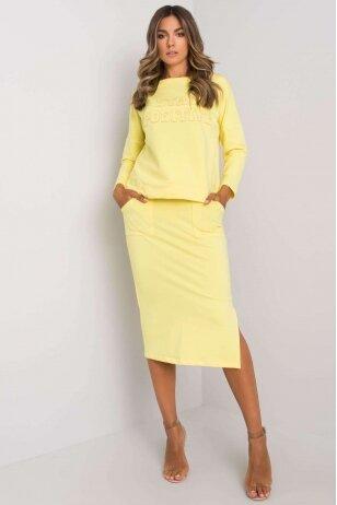Geltonas moteriškas kostiumėlis MOD1135