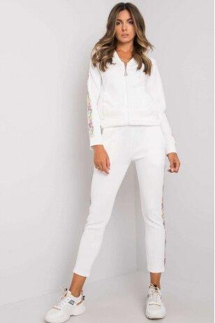 Baltas sportinis kostiumas MOD1134