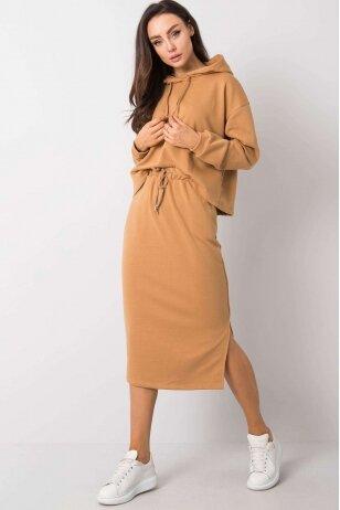 Šviesiai rudos spalvos moteriškas kostiumėlis MOD841