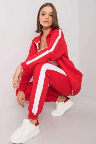 Raudonas sportinis kostiumas MOD1201