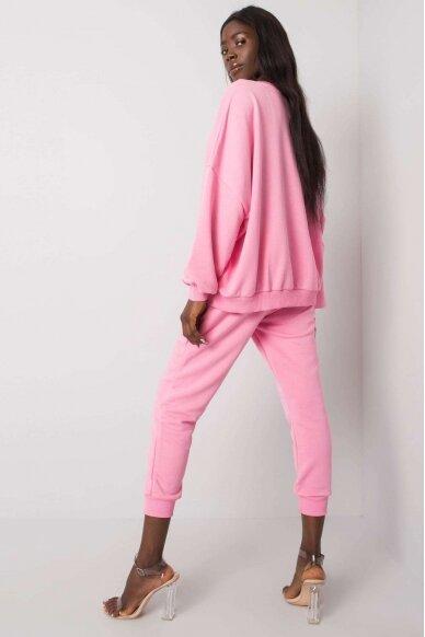 Šviesiai rožinės spalvos sportinis kostiumas MOD1137 3