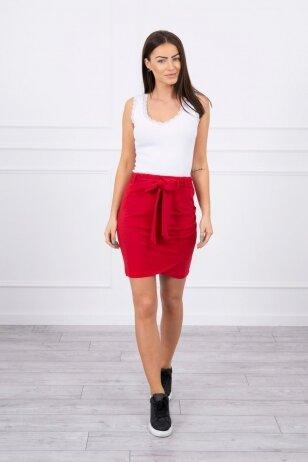 Raudonas sijonas MOD268