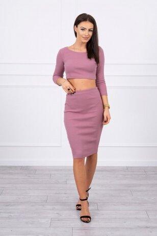 Tamsiai rožinės spalvos moteriškas kostiumėlis MOD693
